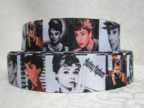 Audrey Hepburn - 1 inch-breakfast at tiffany's, breakfast, tiffany, tiffanys, tiffany's, audrey, hepburn, weekend, at, retro, hollywood, retro, actress, actor, ribbon, vintage, movie, star