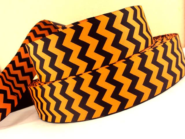 Chevron - Orange & Black - 1.5 inch-chevron, orange, black, foot, ball, base, football, baseball, balls, ribbon, team, teams, sport, sports MLB, NBA, major, league, zig, zag, cincinnati, bengal, bengals, halloween, 38mm, thick, pumpkin, jack o lantern, san, francisco, giants, OSU, state, university, oklahoma, school, colors, pistol, pete, ohio, state,