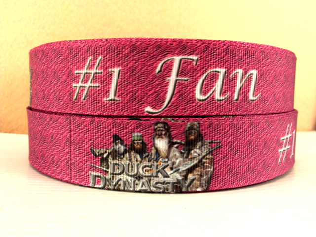 Duck Dynasty - #1 Fan - PINK = 1 inch-real, tree, hunting, browning, buckmark, buck, doe, head, camo, camouflage, real, tree, reatree, mossy, oak, mossy oak, country, hunt, red, neck, redneck, shoot, shooting,duck dynasty, duck, dynasty, ducks, unlimited, hunting, camo, camouflage, reality, reality tv, si, i love si, louisiana, country, number, one, fan, PINK, commander, roberson, roberson's,