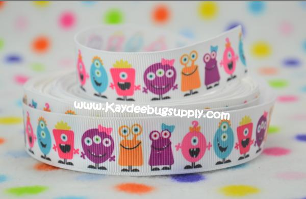 Aliens Monsters - White Background - 7/8 inch-disney, halloween, boy, boys, skull, eye, ball, eyes, balls, one, eyed, boo, sully, monster, ribbon, grosgrain, printed, monsters, university, inc, inc., disney, spooky, boy, boys, little, alien, aliens, Halloween, Disney, moshi, elmo, sesame, street, sesame street, batman, superman