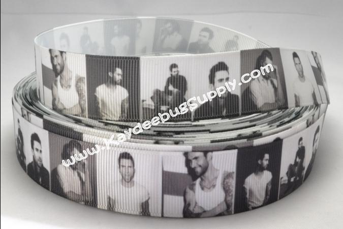 Adam Levine - 7/8 inch-music, notes, guitar, guitars, rock, star, maroon, maroon 5, band, lead, singer, adam, levine,