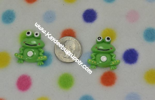 Frog - Flatback Resin Cabochon-frog, green, tpad, tiana, decoden, flatback, resin, flat, backs, resins, cabochons, cabochon, flatbacks, bow, center, centers, charm, pendant, pendants, charms, back,