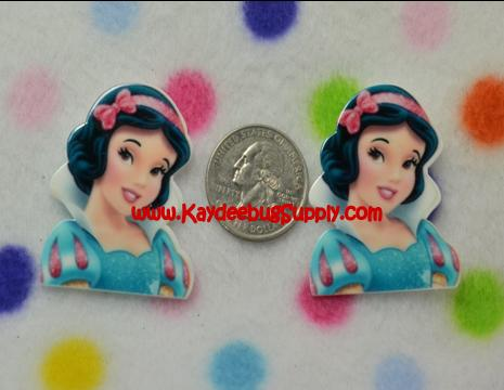 PRINCESS - Snow White - Flatback Resin Cabochon Decoden-key, fob, pink, black, white, ribbon, logo, Flatback, Resin, Cabochon, Bow, Centers, Appliques, Charms, Pendant, cabochons, flat, back, backs, flatbacks, center, resins, cellphone, decoration, cell, phone, case, cinderella, princess, princesses, disney, blue, dress, fairy, tale, fairytale, glitter, dancing, snow, white, dwarfs, sleeping, beauty, seven, wave