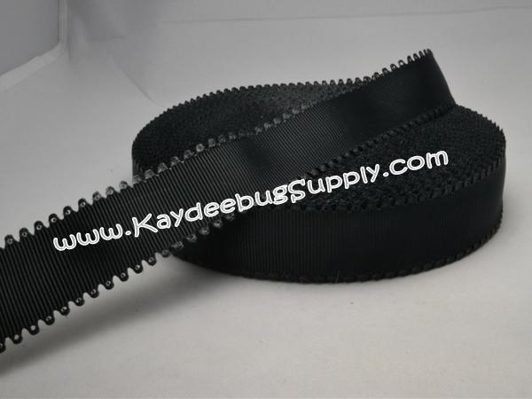 SOLID -  Scalloped-Edge - Black - 7/8 inch-solid, wave, black, valentine, grosgrain, unique, ribbon,  Scalloped-Edge, scalloped, edge