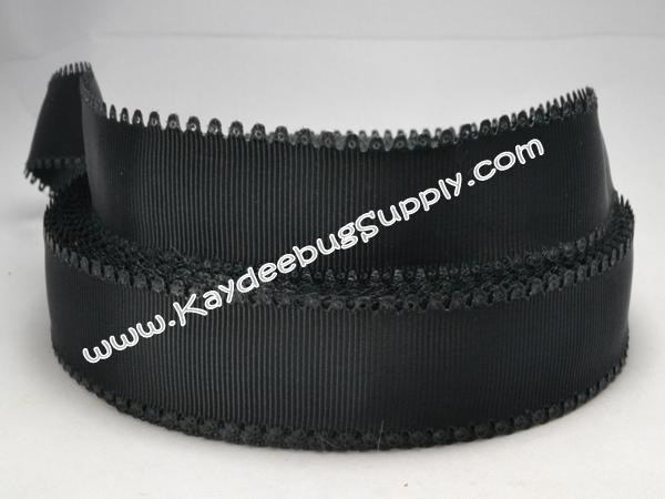 SOLID -  Scalloped-Edge - Black - 7/8 inch-solid, wave, black, valentine, grosgrain, unique, ribbon,  Scalloped-Edge, scalloped, edge