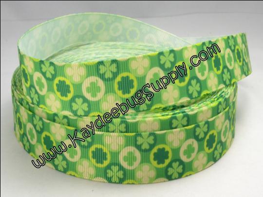 Shamrocks & Circles - Green - 7/8 inch-st. patricks day, patrick's, st. patrick's day, day, green, celtic, shamrock, lucky, clover, leaf, holiday, ireland, irish, leprechaun, leprechun